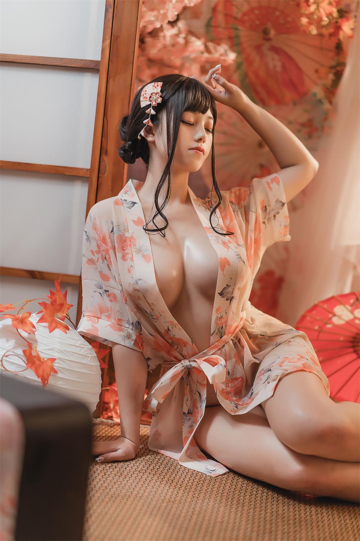 蜜汁猫裘 – 萌系小姐姐写真合集