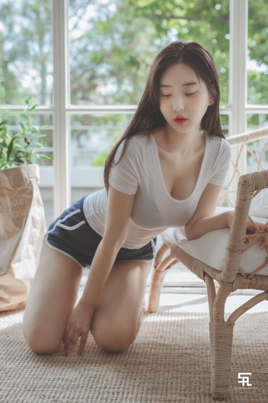 Zenny(申才恩) – 脸蛋稚嫩韩国网红-第11张图片-深海领域