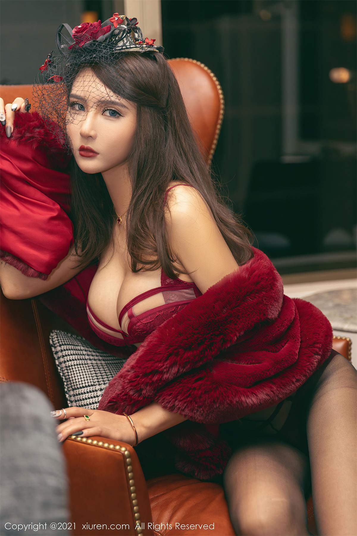 XIUREN秀人网 – 性感女郎写真套图合集下载(VOL.3501-3600期)