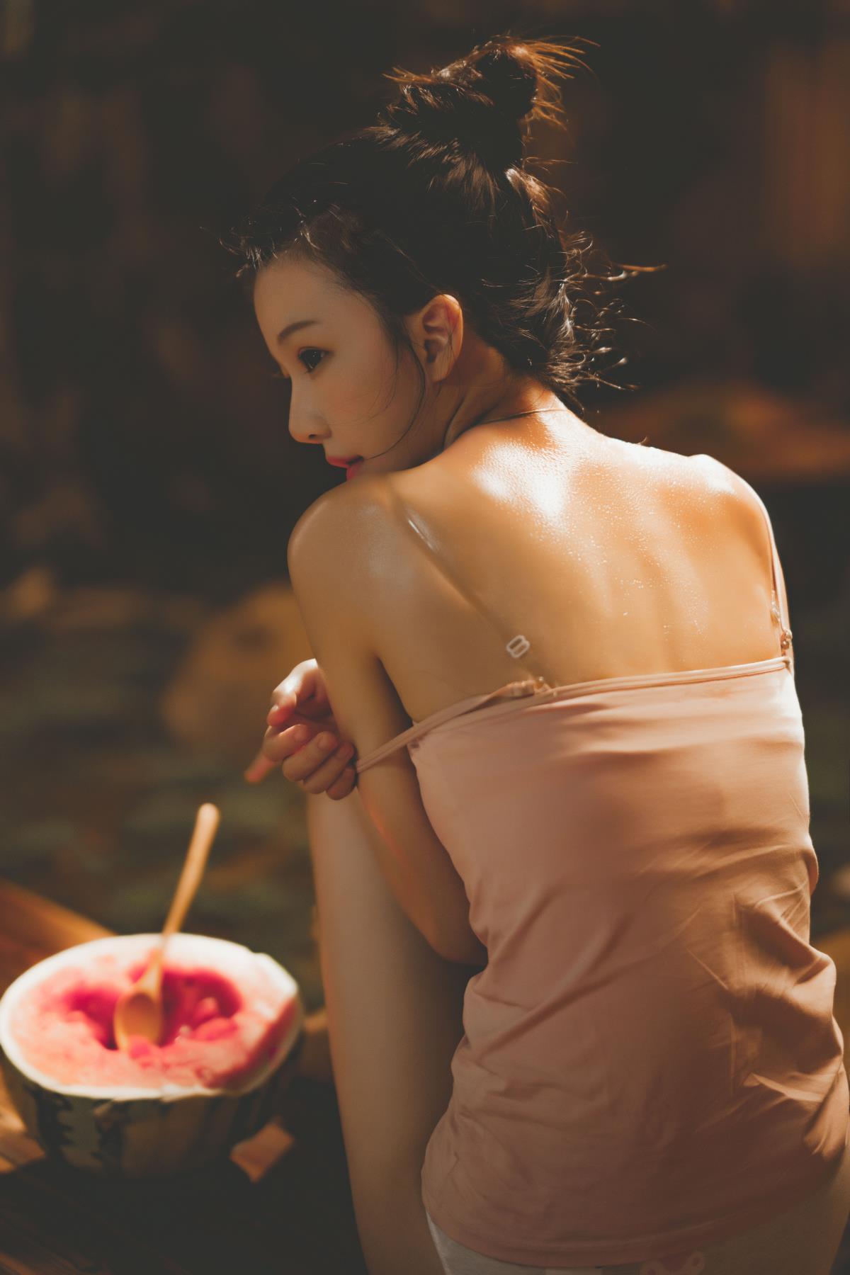 桜桃喵 – 娇小可爱型少女写真合集下载